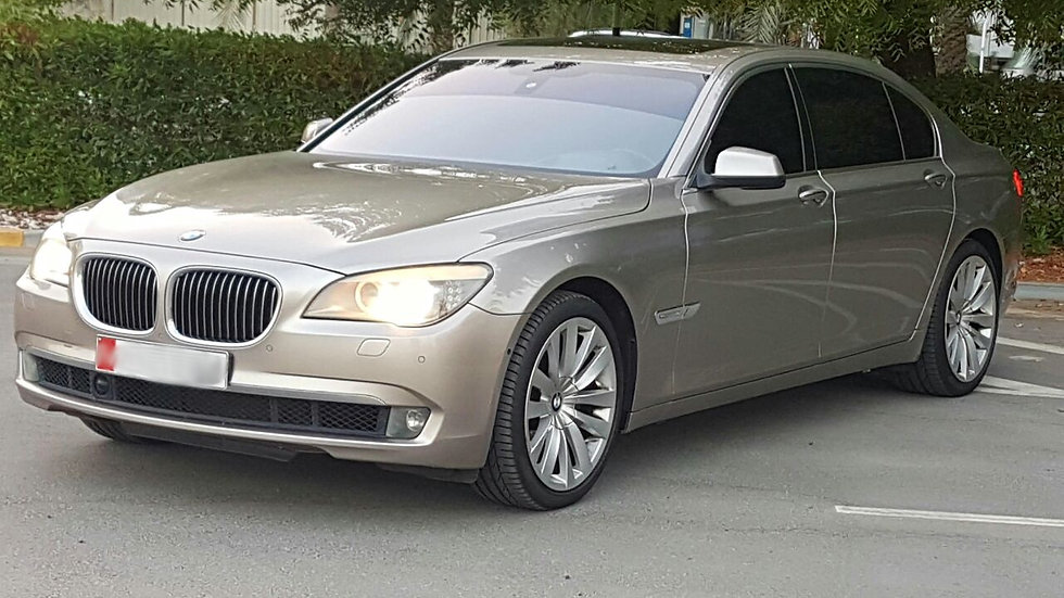 BMW 2010 AL740
