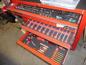 Werkzeugschrank mit individuellen Schaumeinlagen
