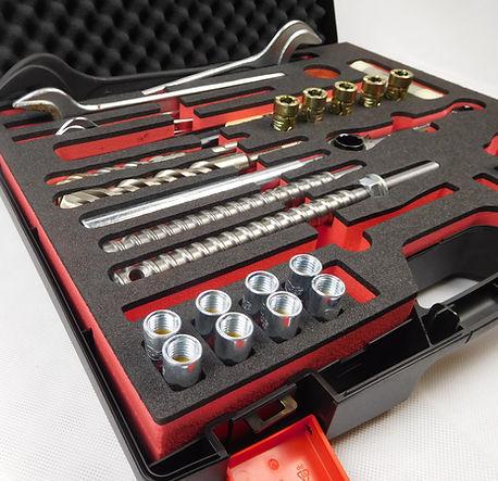 Werkzeugkoffer mit Schaumstoffeinlagen / Shadowboards / Hartschaumeinlage