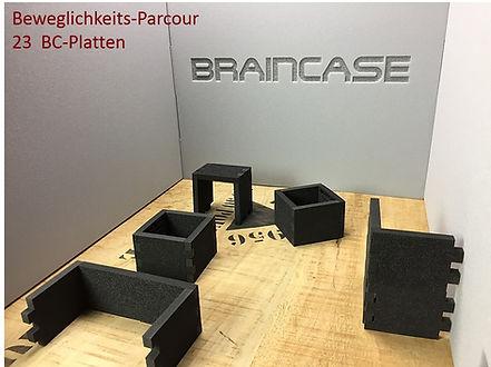 Braincase Tischtrennwand Parcour.jpg