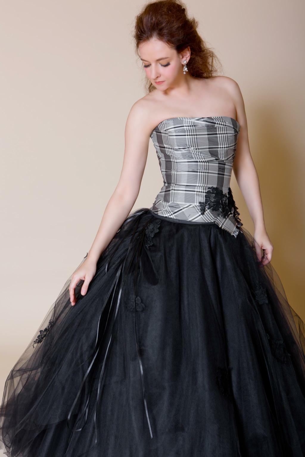 デザイナーズドレス