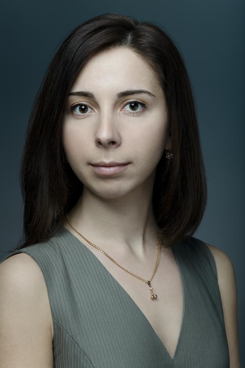 Ольга. Портрет с кулоном