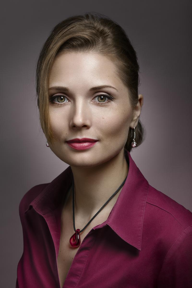 Мария. Портрет с рубином