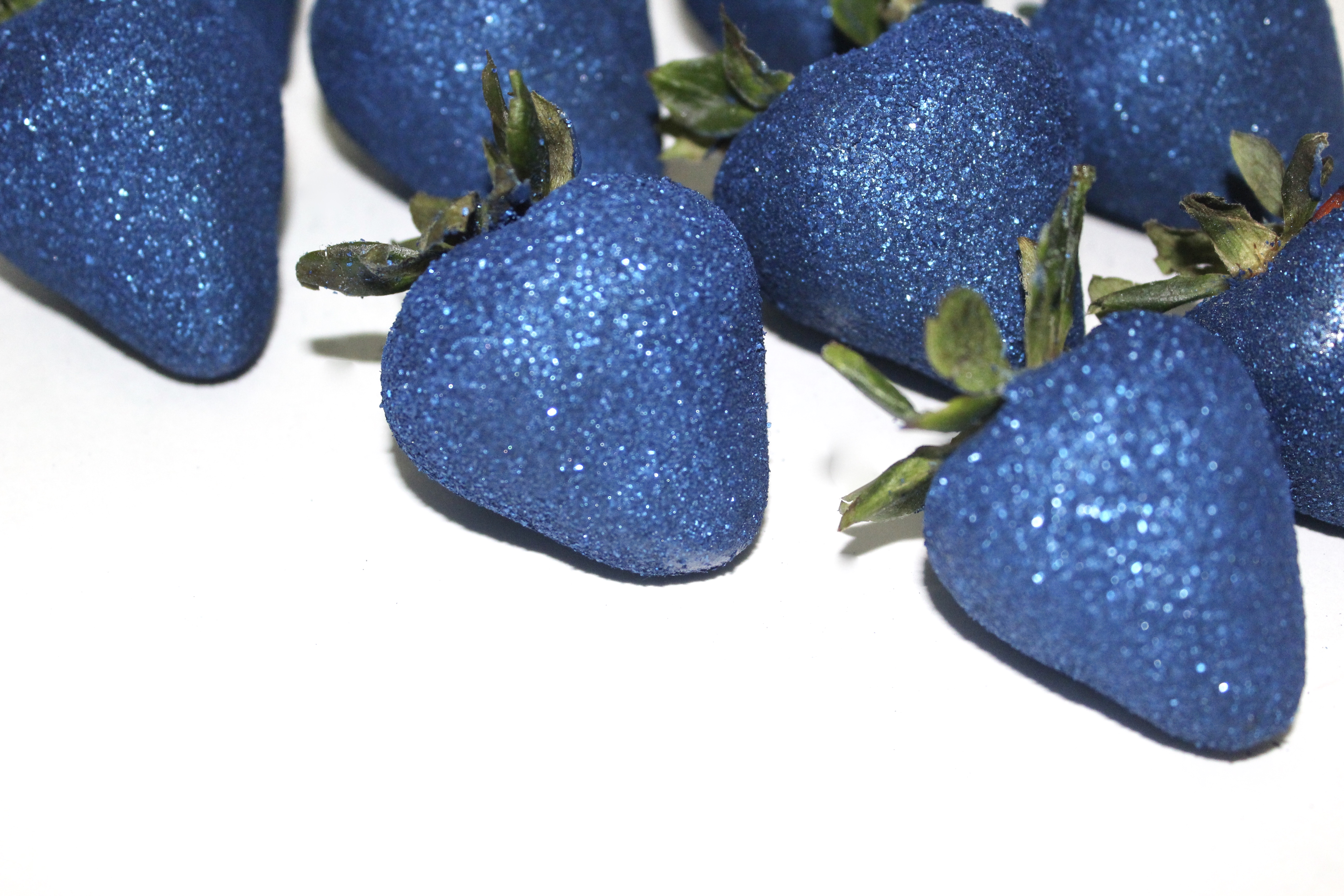 Glitter Chocolate Covered Strawberries