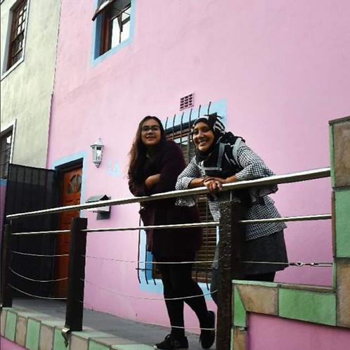Bo Kaap combo: community tour + Cape Malay dining experience