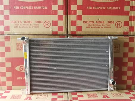 Mini Cooper R55 R56 全銻水箱現價發售 Whatsapp: 61144653