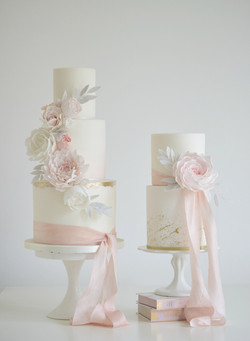 Cake by Cotton & Crumbs