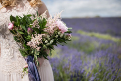 Cotswold Lavender wedding photography by Jane Beadnell Photography_0018