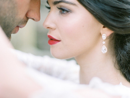Joy Wed - Fine Art Wedding Blog, Heirloom Editorial with Amelia Johnson Photography and Pamela Baref
