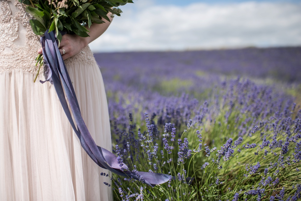 Cotswold Lavender wedding photography by Jane Beadnell Photography_0019