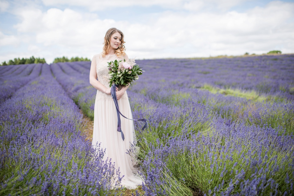 Cotswold Lavender wedding photography by Jane Beadnell Photography_0023