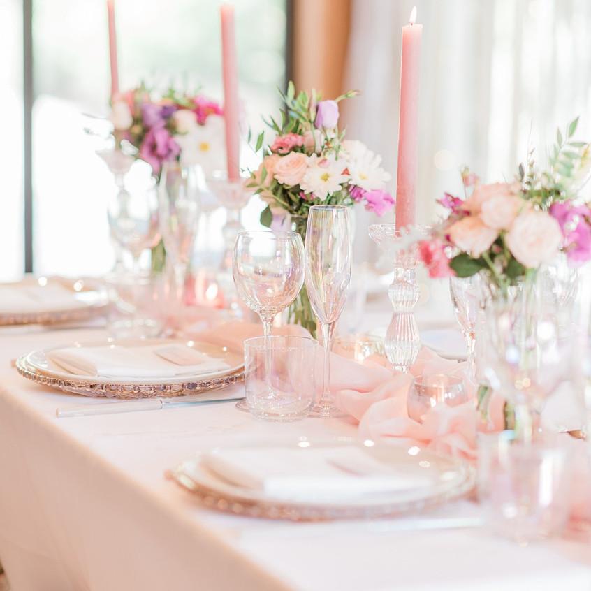 Unicorn-Inspired-Wedding-Table-Setting-L