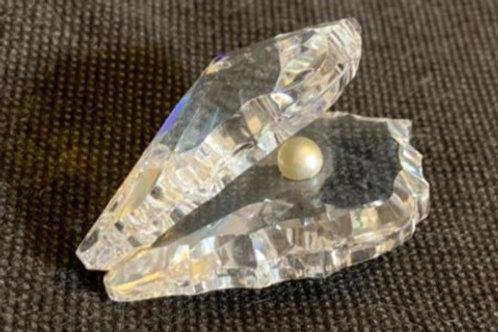 Crystal decorative piece