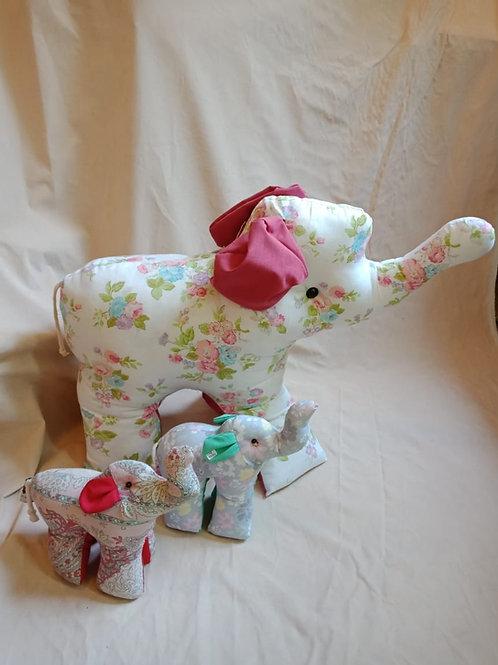 Stuffed animal toy: Small Elephant