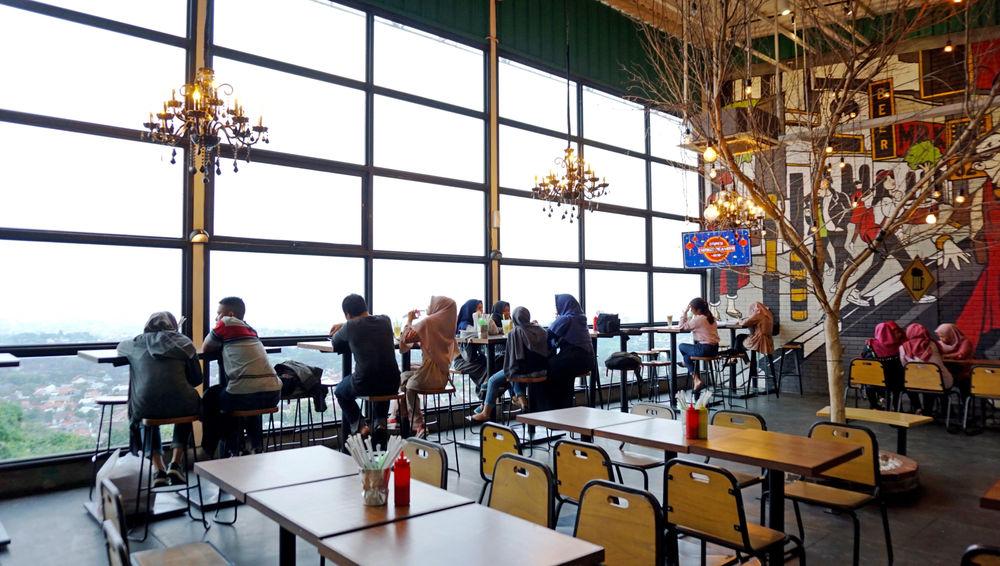 Menikmati Kopi dari Perbukitan Kota Semarang