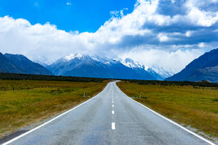 A drive through the countryside of New Zealand
