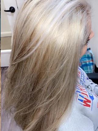 Blonding - Blonde Bar of Katy, TX