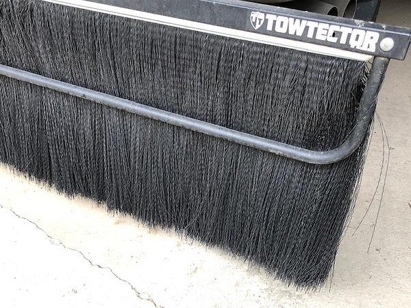 tow brush 2.jpg