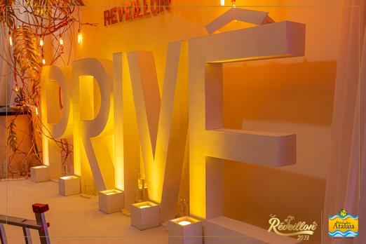 REV-2021-PRIVE94.png