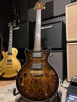 Michelle-Taylor-Gordon-Smith-Guitar
