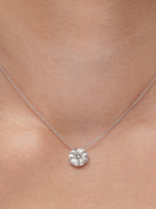 Ortası taşlı çiçek kolye (beyaz altın)