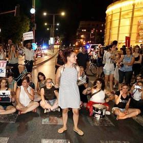 """עצרת מחאה נגד אלימות בנשים """"כשירצחואותי"""""""
