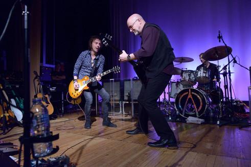 Wishbone Ash UK Tour