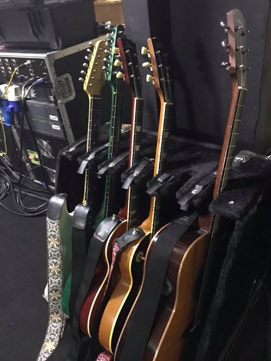 Wishbone Ash Guitar Rack