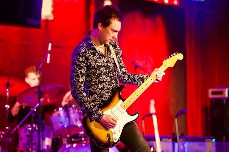 Mark Abrahams Guitarist