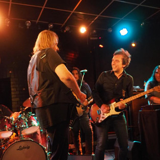 Jamming with Walter Trout