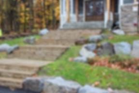 Amenagement de marche en pierre et beton a bromont pres de Cowansville et Granby