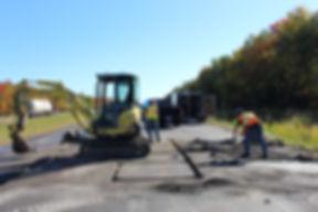 construction electrique autauroute 10 pres de bromont pour excavation