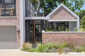 Constantia-Modern-House-Architecture (10