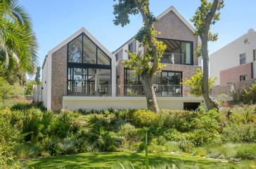 Constantia-Modern-House-Architecture (2)