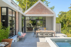 Constantia-Modern-House-Architecture (1)