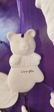 Orn 06: Bear in mitten