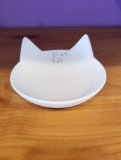 Kitty shaped bowl