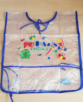 Reusable children's apron with pockets