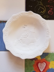 Small embossed pasta bowl