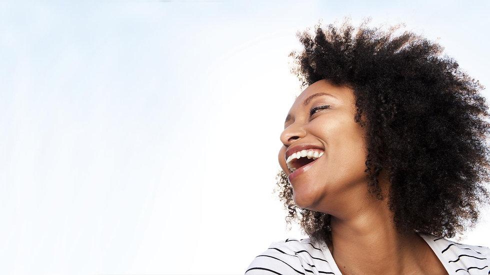 Mulher saudável sorrindo