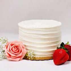 Keto Champagne Strawberry Cake
