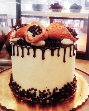 #1 - Chocolate Chip Cannoli Cake
