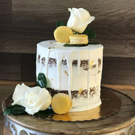 #23 - Semi Naked Cake in White & Gold Theme