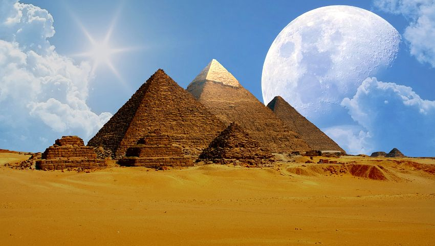 Pyramides et Pharaon