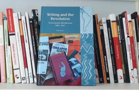 "Méndez Guédez en ""Writing and the Revolution; Venezuelan Metafiction"""