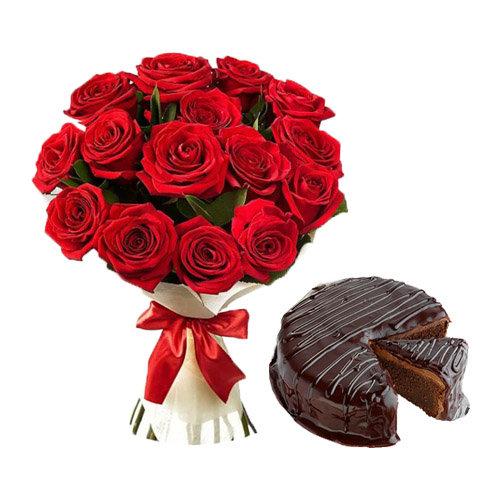 Ravishing Roses With Chocolate Cake