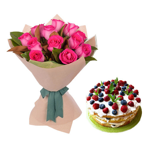 Stunning Pink Roses With Berry Cake