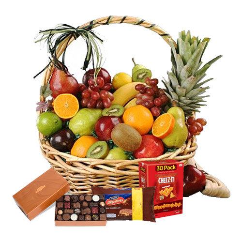 Charismatic Fruits Hamper
