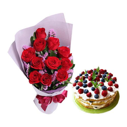 Marvellous Berry Cake Surprise