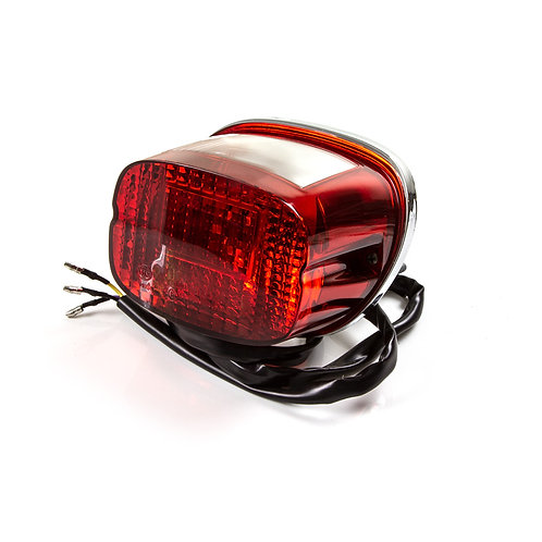19. Rear light / tail lamp unit (lens bulb surround & wire)